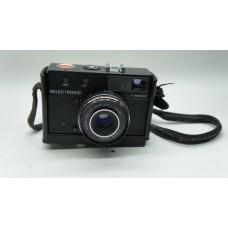 AGFA Color Apotar Paratronic 35mm Film Camera
