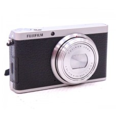 03641 FUJIFILM XF1 12.0 MP Digital Compact Camera