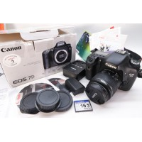 Canon EOS 7D 18.0MP Lens EFS 18-55MM Digital SLR Camera