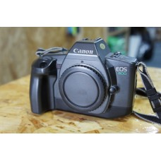 Canon EOS 600 35mm Film Camera