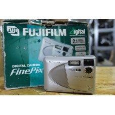 Fujifilm Finepix 2200 2.1MP Compact Digital Camera