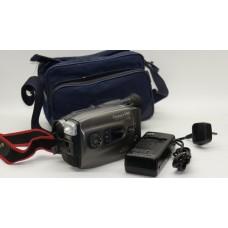 JVC GR-AX800 VHS-C Tape Camcorder