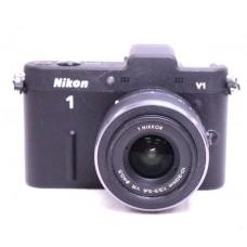 NIKON 1 V1 10.1MP Digital Camera Lens 10-30mm Used