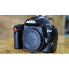 Used: Nikon D3000 Body
