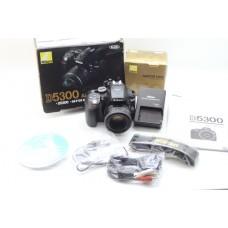 Nikon D5300 Camera with 50mm f1.8D Lens