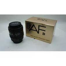 Nikon F AF Zoom Nikkor 28-70mm f/3.5-4.5 D Lens