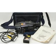SONY CCD-TR425E HANDYCAM VIDEO CAMERA CAMCORDER