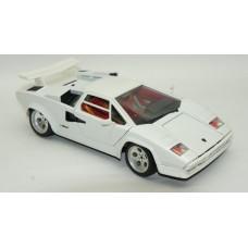 1/18 Bburago 1988 Lamborghini Coutach