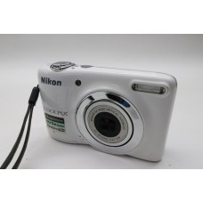 Nikon Coolpix S White Digital Camera