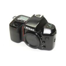 Nikon F70 35mm Film Camera